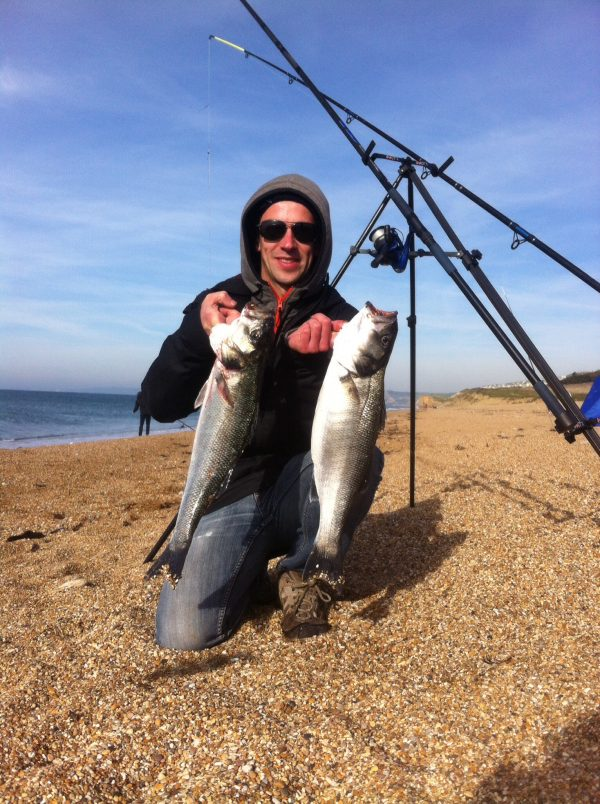Coastal sea fishing courses for food, from the beach and boat.
