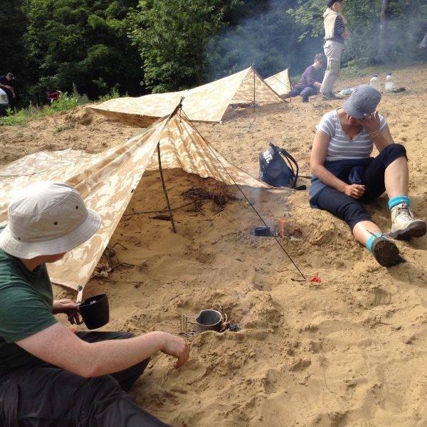 Coastal survival course Fire lighting on sand and making a cooking fire on a Coastal Survivor course Bushmoot 2015